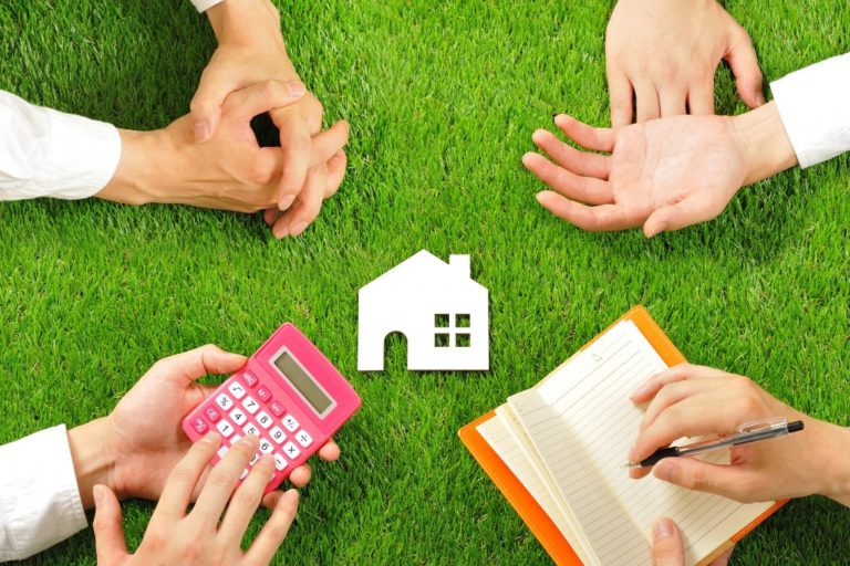 hand helping for eco-friendly home